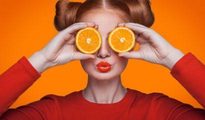 Zo haal je stroom voor je iPhone uit sinaasappels
