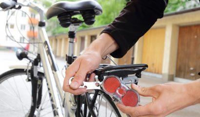 Bijna wintertijd: doe de fietslampjes batterijen-check!